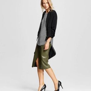 Who What Wear Olive green pencil skirt